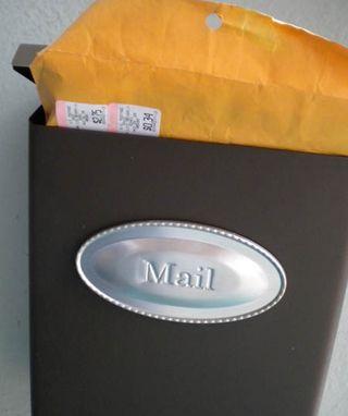 RachaelsBook_mailbox