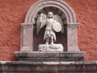 Mexico_statue