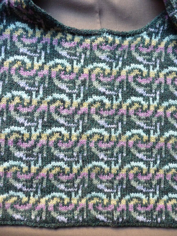 """Feral Knitter: Decorative """"Seams"""" in Stranded Knitting"""