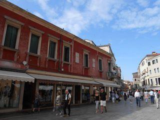 Venice_crowds