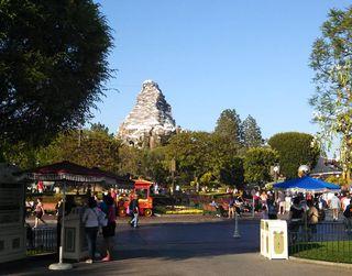 CA_Disneyland