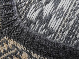 SweaterRepair_neckband