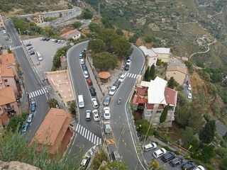 Castelmolo_road