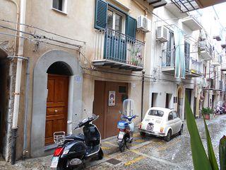 Cefalu_street