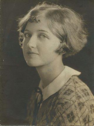 Louise_1924_sm